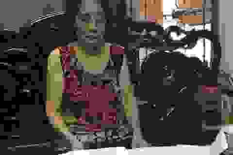 """Cụ bà 76 tuổi """"cạn nước mắt"""" xin cấp sổ đỏ giữa thủ đô: Lộ diện văn bản lạ kỳ!"""