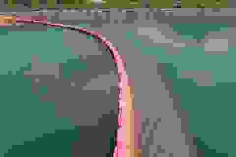 """""""Hành trình"""" làm sạch dầu thải ở Nhà máy nước sạch sông Đà diễn ra như thế nào?"""