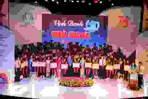 TPHCM: Vinh danh 66 thủ khoa năm 2019