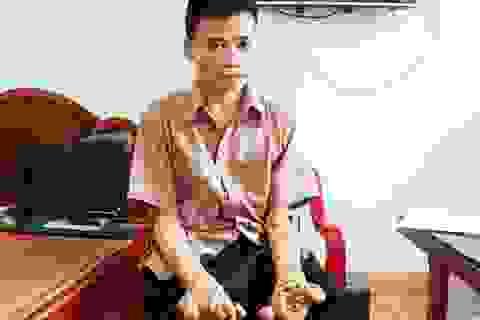 """Thăm người đàn ông mang bệnh """"người cây"""" ở Ninh Bình"""