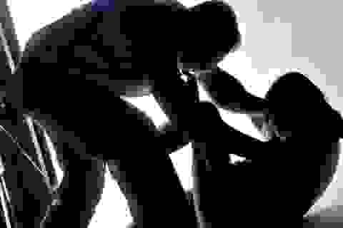 Quảng Bình: Tạm giữ 2 nghi can giao cấu với nữ sinh cấp II