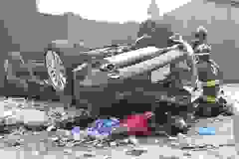Ô tô lao từ bãi đỗ xe trên tầng 4 xuống, 2 người tử vong tại chỗ