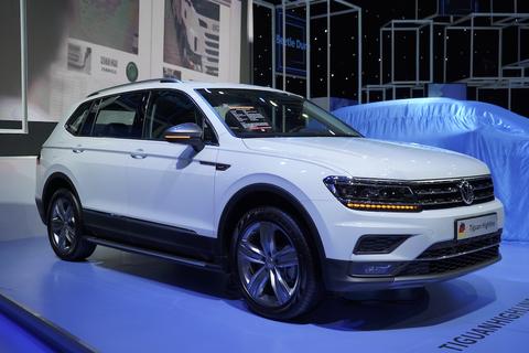Volkswagen ra mắt Tiguan Allspace Luxury S mang phong cách Off-Road với giá 1,869 tỷ đồng