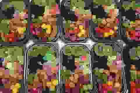 Mứt Tết trái cây bảy sắc cầu vồng, giật mình hàng cao cấp 35 ngàn đồng/kg