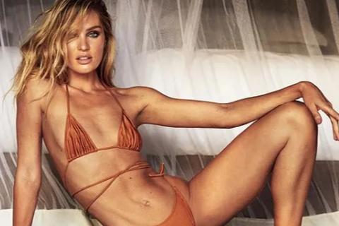 Candice Swanepoel tạo dáng quyến rũ với bikini tự thiết kế