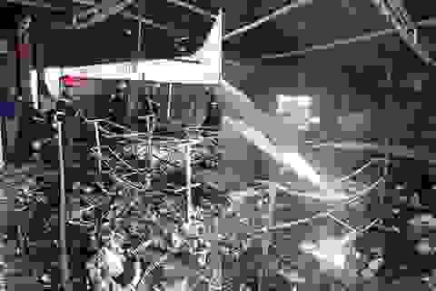 Hỏa hoạn thiêu rụi cửa hàng tạp hóa lúc giữa trưa