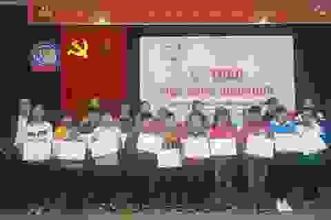 146 học sinh, sinh viên Quảng Bình nhận học bổng từ Quỹ Thiện Tâm