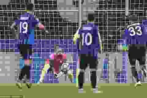 Atalanta 1-1 Man City: Jesus đá hỏng phạt đền, Bravo nhận thẻ đỏ