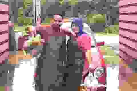 """8 năm kiên trì bán gà, vợ mua ô tô Audi 1,4 tỷ đồng tặng chồng làm cả làng """"lác mắt"""""""
