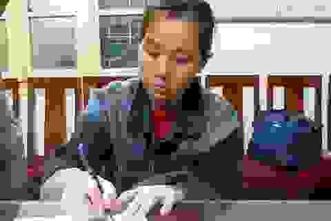 """Hà Nội: """"Nữ quái"""" 3 tiền án trộm gần nửa tỷ của cô gái Hàn Quốc"""