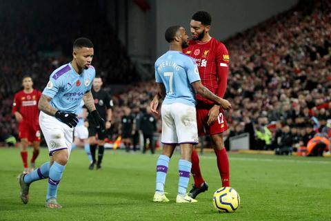 Xô xát ở trận gặp Liverpool, Sterling bị gạch tên khỏi đội tuyển Anh