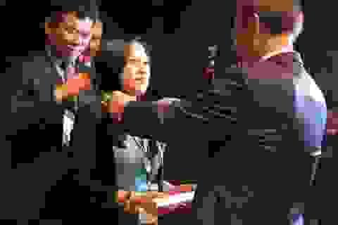 """Cô gái Việt Nam đầu tiên được vinh danh """"Công dân danh dự Seoul"""""""