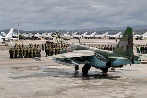 Nga lập căn cứ trực thăng tại Syria ngay sau khi Mỹ rút