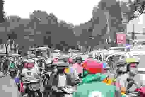 Người Sài Gòn quay lưng với xe buýt