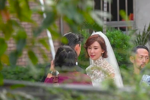 Lâm Chí Linh mặc váy cưới, tập luyện cho hôn lễ đặc biệt diễn ra vào hôm nay