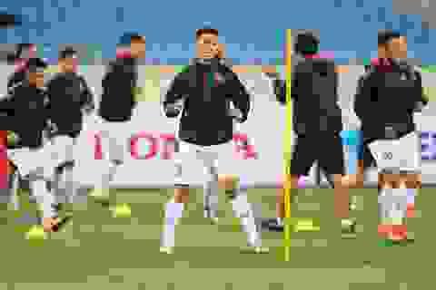"""Ông trời ủng hộ, đội tuyển Việt Nam """"luyện công"""" chờ đấu Thái Lan"""