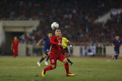 Quang Hải sáng cửa giành Quả bóng vàng Việt Nam 2019