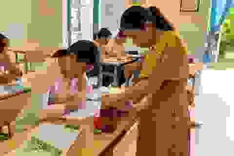 Lớp học cộng đồng miễn phí cho trẻ em nghèo