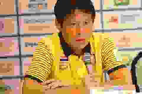 HLV Nishino xin lỗi HLV Park Hang Seo trước SEA Games
