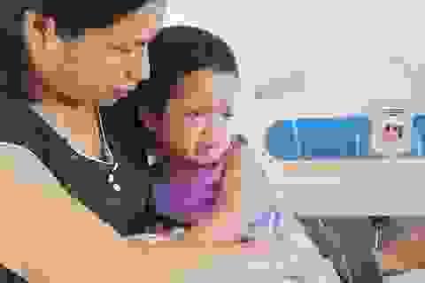 Bé gái bị ung thư thắp lên hy vọng được ghép tủy với sự giúp đỡ của Nhật Bản