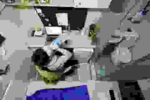 """Tầng lớp """"thìa đất"""" hé lộ góc khuất trong xã hội Hàn Quốc"""