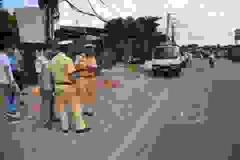 Xử phạt hành chính 2 tài xế xe đưa đón làm rơi học sinh xuống đường