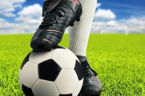 Học sinh lớp 7 tử vong khi đá bóng: Cẩn trọng trẻ có bệnh lý tim mạch