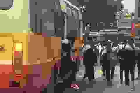Mời tài xế xe buýt nhồi nhét 111 học sinh lên làm việc
