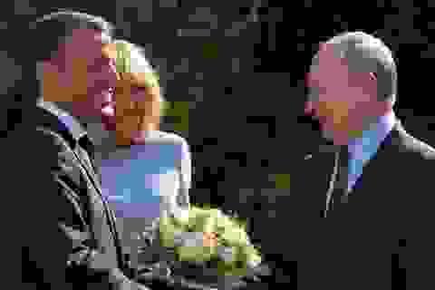 """Tính toán thực sự của Macron khi cởi mở với Nga, nói NATO """"chết não"""""""