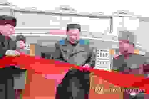 """Ông Kim Jong-un dự khánh thành khu nghỉ dưỡng giữa """"bão khẩu chiến"""" Mỹ-Triều"""
