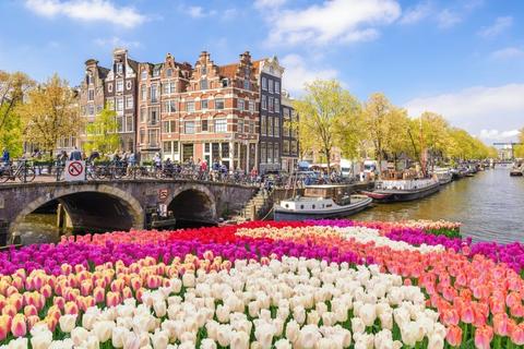 Bài toán kinh tế tiết kiệm nhất cho du học Hà Lan và Canada 2020