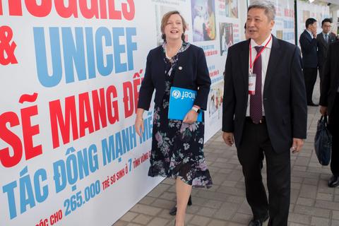 Một triệu đô la hỗ trợ trẻ sơ sinh Việt Nam