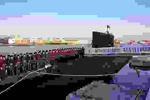 """Uy lực đáng gờm của tàu ngầm """"thợ săn đại dương"""" Nga"""