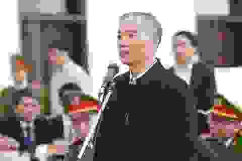 Cựu Chủ tịch MobiFone khóc nghẹn xin giảm nhẹ cho thuộc cấp