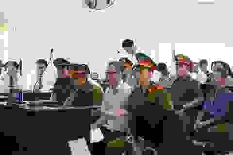 Nguyên Bí thư thị xã Bến Cát bị đề nghị mức án 16 năm tù