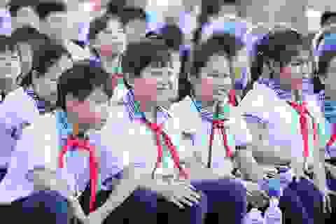 """Hơn 1 triệu bức tranh trẻ em vẽ """"Vì một Việt Nam xanh"""""""