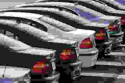 Ô tô đại hạ giá cả năm, chưa bao giờ như 2019, chờ 2020 hãy mua xe