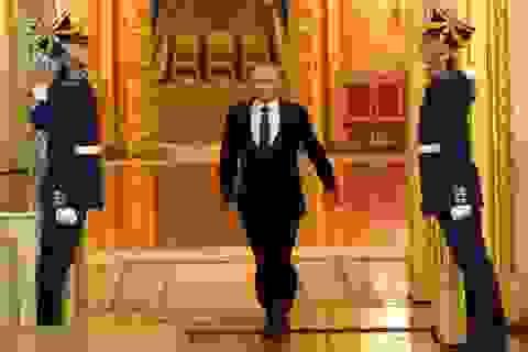 """Điều ít biết về người """"mở đường"""" giúp ông Putin trở thành tổng thống"""