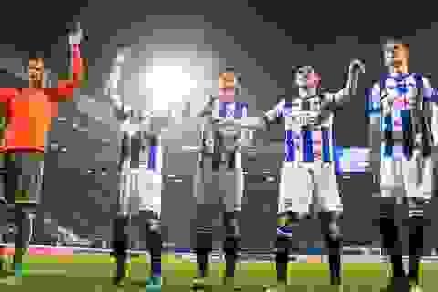 """Đoàn Văn Hậu ra sân là """"nước cờ"""" của Heerenveen?"""