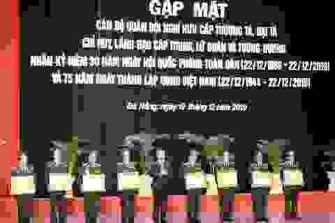 28 tướng tá quân đội nhận Huân chương Bảo vệ Tổ quốc