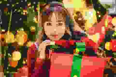 """Cô gái có """"tên đẹp như người"""" cuốn hút trong bộ ảnh đón Giáng sinh"""