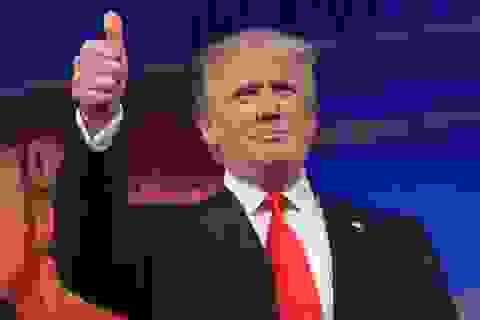 """Giới triệu phú đổ tiền giúp ông Trump tái tranh cử giữa """"bão"""" luận tội"""