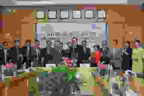 Vietnam Airlines và Tổng cục Du lịch ký kết biên bản hợp tác chiến lược