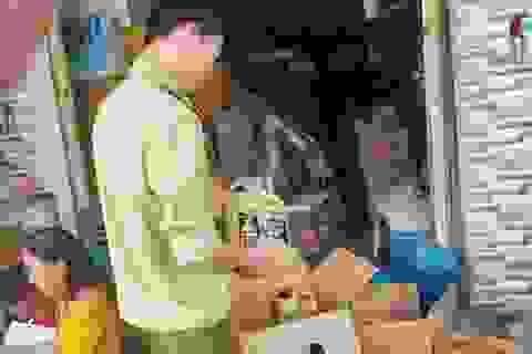 Đà Nẵng: Phát hiện cơ sở kinh doanh nước giặt comfort giả