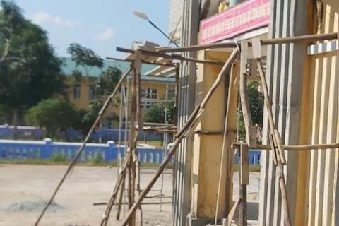 Sập giàn giáo nhà cộng đồng, một thợ xây tử vong