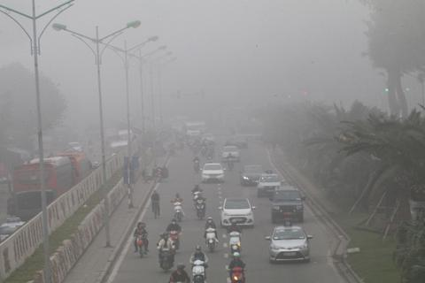 Vì sao Hà Nội xuất hiện sương mù dày đặc?