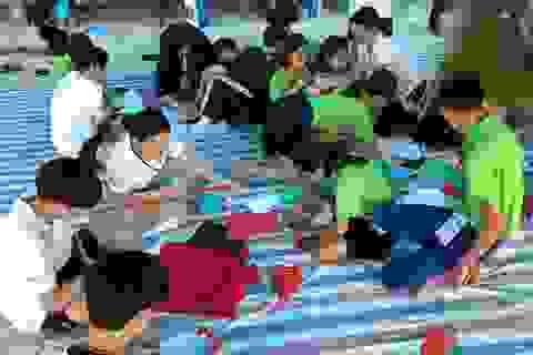 Học sinh Hàn Quốc vẽ tranh tường, giao lưu với trẻ khuyết tật Quảng Trị