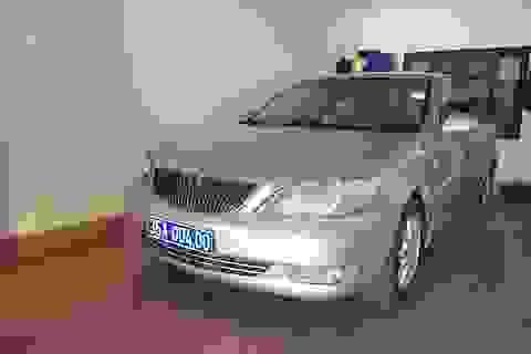 Cấp biển số mới cho chiếc xe Camry mang 2 biển xanh chở lãnh đạo Ninh Bình