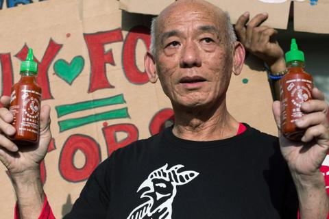Australia thu hồi tương ớt của triệu phú gốc Việt