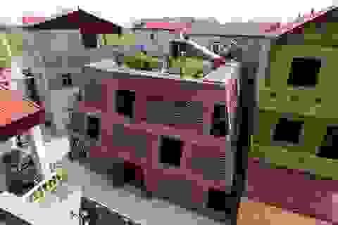 """Ngôi nhà ở Hà Nội xây bằng gạch mộc với hàng ngàn ô trống, gây """"sốt"""" trên báo Tây"""